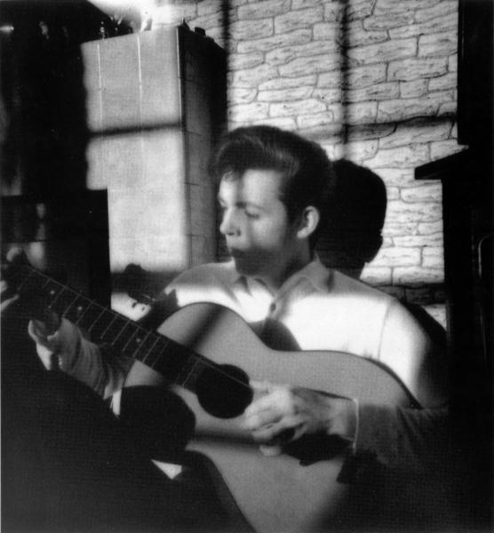Po śmierci matki Paul napisał swoją pierwszą w życiu piosenkę zatytułowaną I