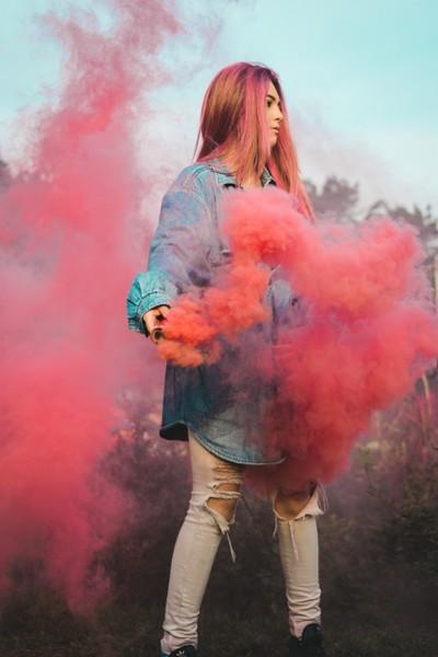Il colore interagisce con le emozioni umane ad ogni colore è legato uno stato