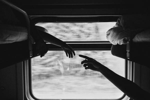 Время банальных вопросов Поезд  или самолёт  Почему