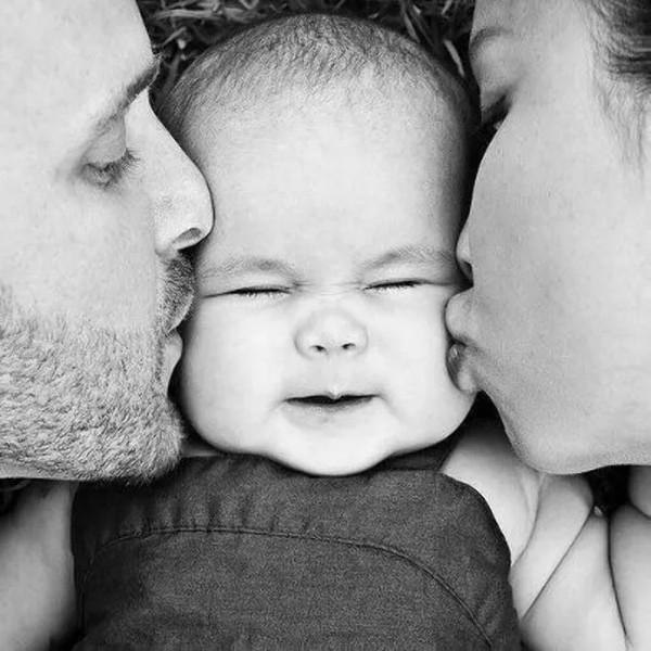 Правда что папы больше любят дочек а мамы сыновей