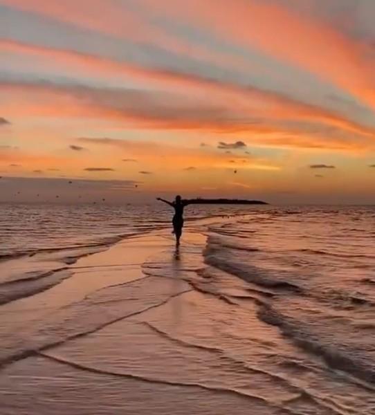 Все желают друг другу счастья Увидеть бы его  С чем у Вас ассоциируется счастье