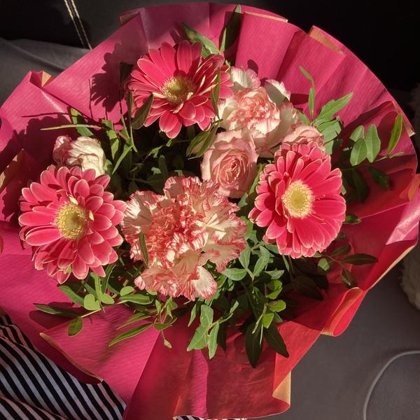 Любишь когда тебе дарят цветы