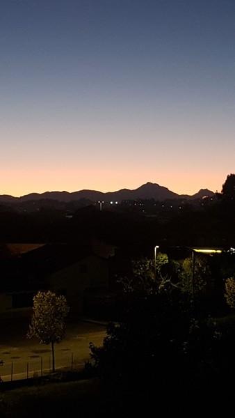 Pubblica una foto del tramonto di oggi o di ieri