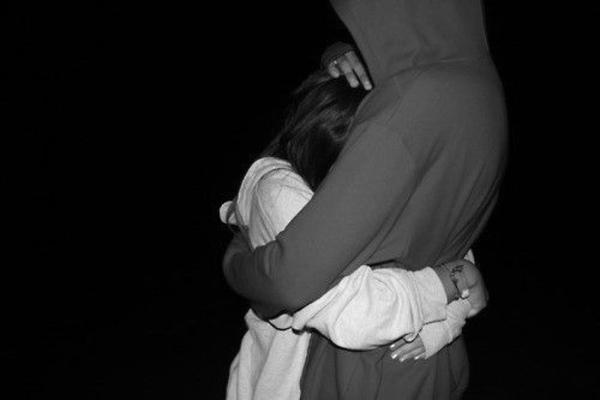 Non è amore quello che fa piangere quello che fa essere nervosi pensierosi e