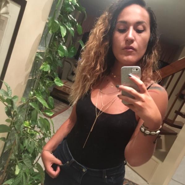 Foto con i capelli ricci