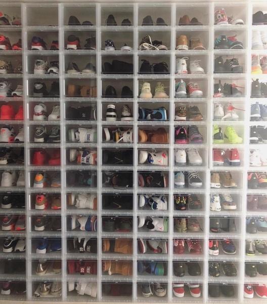 Quante paia di scarpe hai