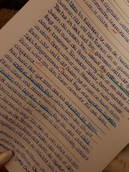 Du hast eine sehr schöne Handschrift Schreib mal was