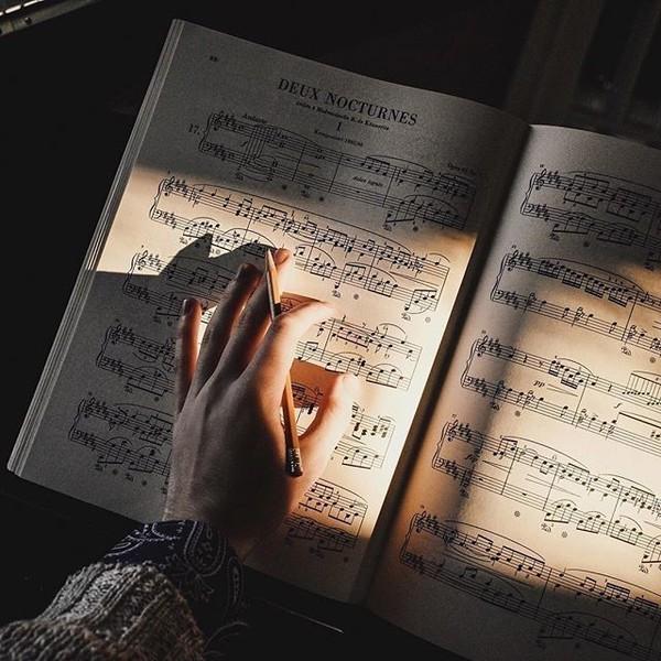 Музыка заставляет сердце биться чаще неважно современная классическая