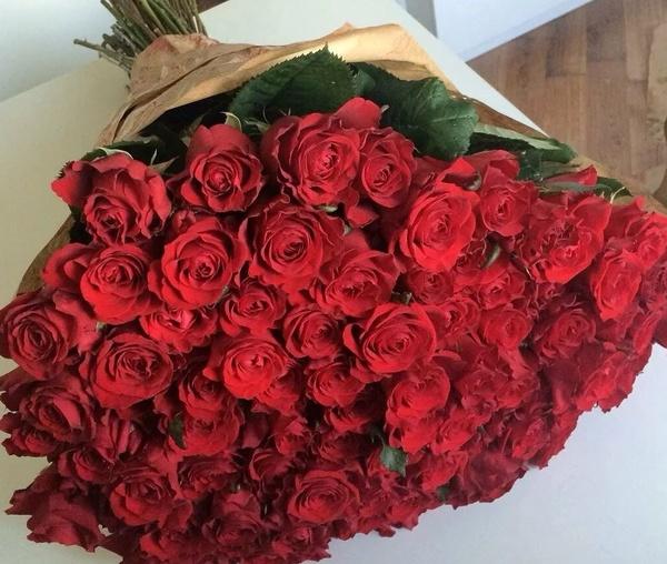 Миллион миллион миллион  алых роз Спасибо за такой шикарный букет