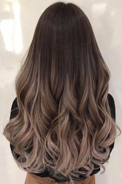 c  Si tuvieras que teñirte el pelo de un color y mantenerlo así durante una