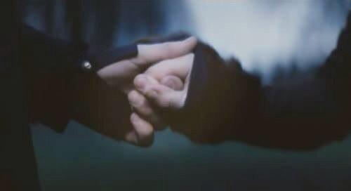 Hasret kimseye kalmasın Sevdalılar ayrılmasın