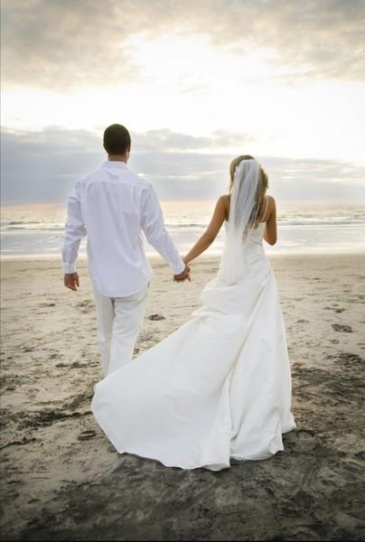 Через сколько лет правильно играть свадьбу Считаешь что есть правильный возраст