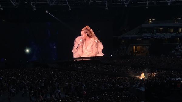 Beyoncé oder Rihanna