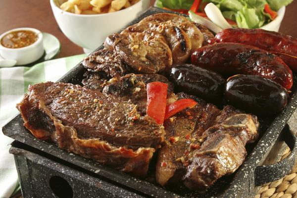 Houd je van koken Kun je er wat van  Te gusta cocinar Lo haces bien  Do you like