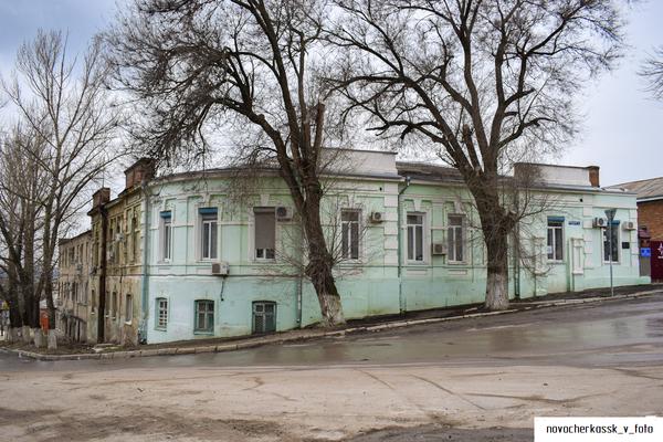 Как сейчас используется здание бывшей школы 18 города Новочеркасск
