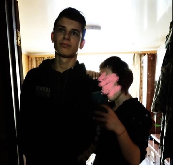 Смогла бы встречаться с парнем который выше тебя
