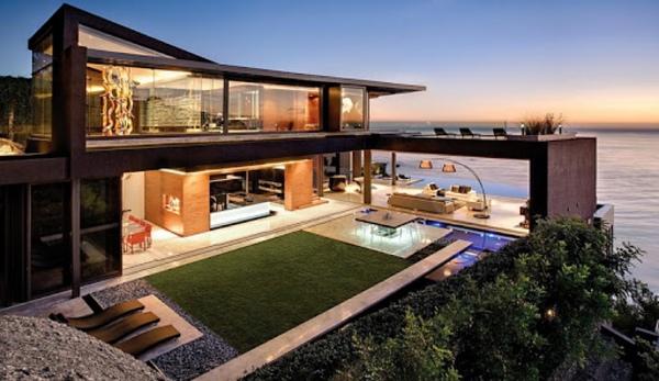Дом у моря или в городе