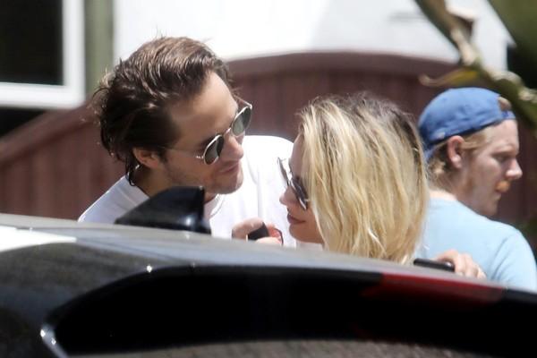 NEW  Margot widziana wczoraj w LA z mężem