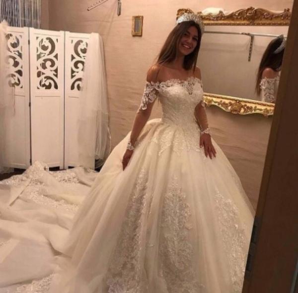 Wie sollte dein Hochzeitskleid aussehen