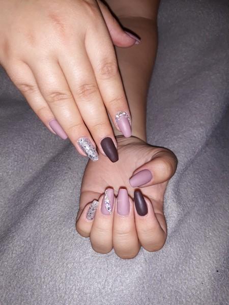 Poste Mal ein Bild von deinen Nails