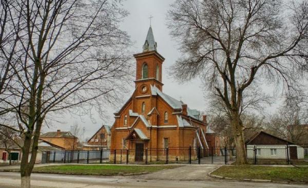 Есть ли в Новочеркасске церковь Евангельских ХристианБаптистов