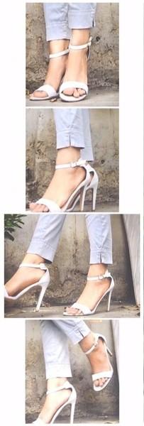 Pap of your feet plz plz ignore mt krna