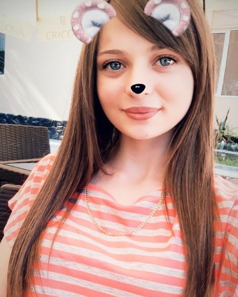 Postează o poză făcută pe snapchat