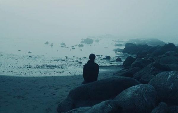 czasami kiedy jesteśmy w długiej drodze a już dość rozmawialiśmy słuchaliśmy
