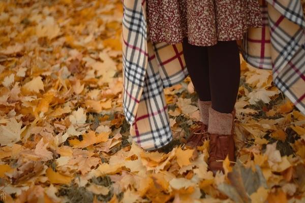 Только осенью хочется пить горячий чай и влюбляться в новую только что