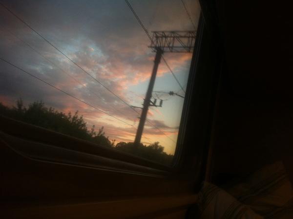 Доброй ночиСладеньких снов и удачного дня завтра Давай сохру под настроения