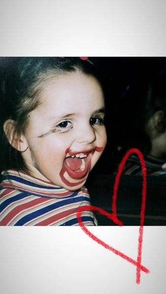 Покажи свою любимую фотку из детства