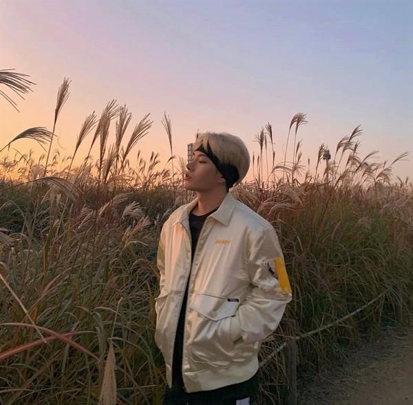 МЧ Неделя 1 день 7  Язык корейский  Исполнитель Mino Прошу послушать его песни и