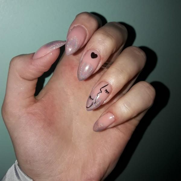 Покажи ногти