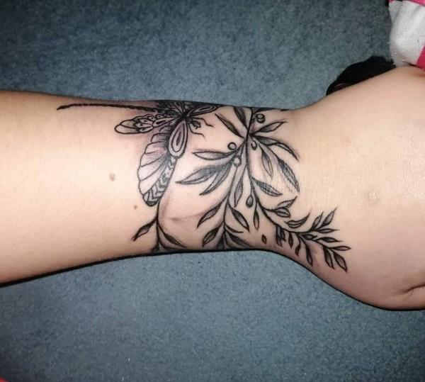 Masz jakiś tatuaż  pokaz