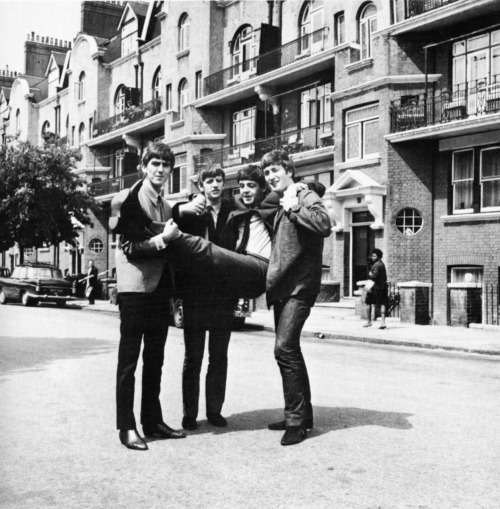throwbackwednesday  Beatlesi na Delaware Road 17 czerwca 1963 rok Jutro Paul