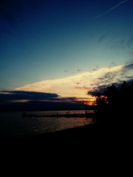 тебе нравятся закаты и рассветы если да прикрепи к ответу любимую сохранёнку или