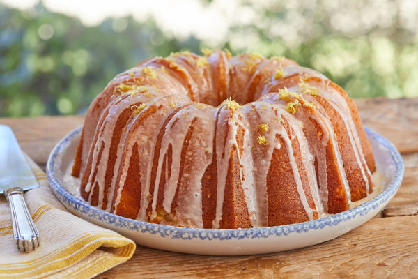 Recipe for the Lemon Cake with a Lemon Icing  water  100ml vegetable oil